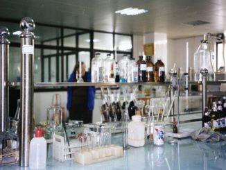 sprzęt do laboratorium